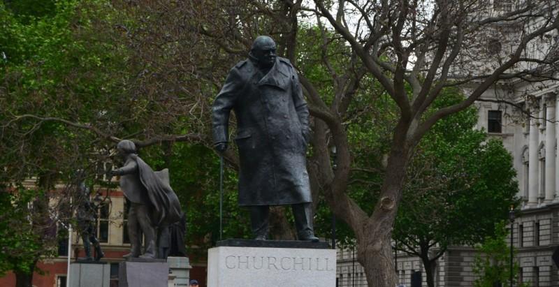 Churchill neben dem Parliament. Einer unter vielen die an diesem Standort stehen.