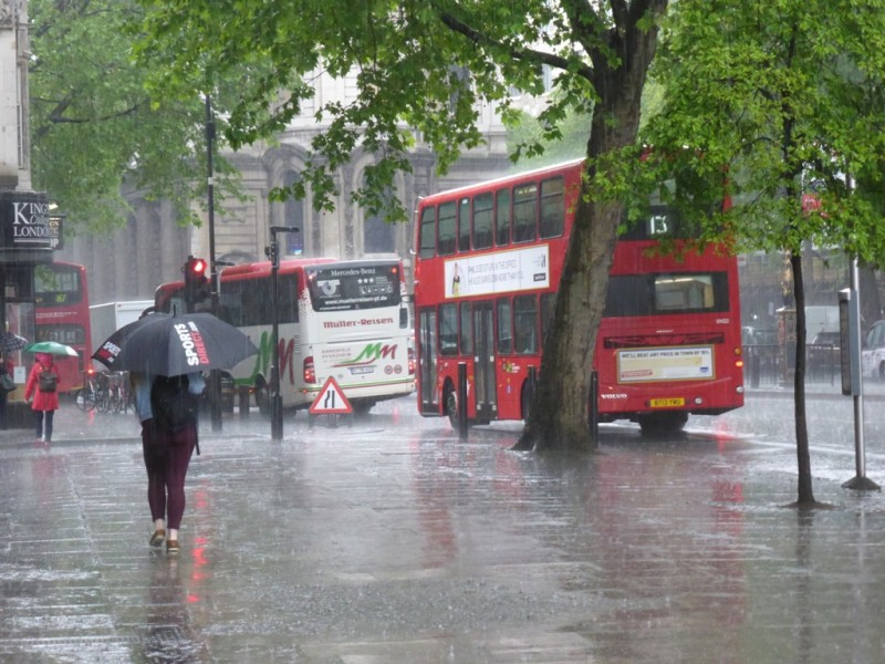 Und zwischdurch, wie jeden der letzten Tag e, so richig schöne Regenphasen!!!
